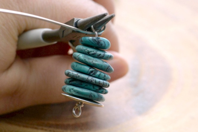stacked-stone-pewter-pendant-3